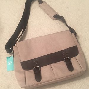 Handbags - Case Crown Messenger Bag